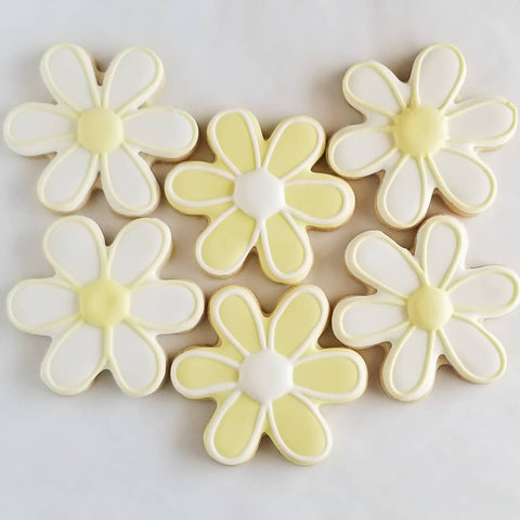 Daisy decorated cookies, flower cookies