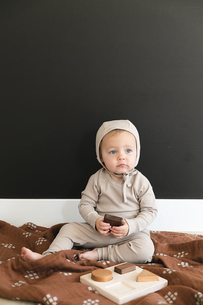 Oatmeal Organic Cotton Ribbed Bonnet