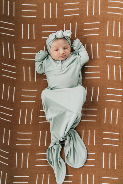 Mebie Baby Sage Knot Gown