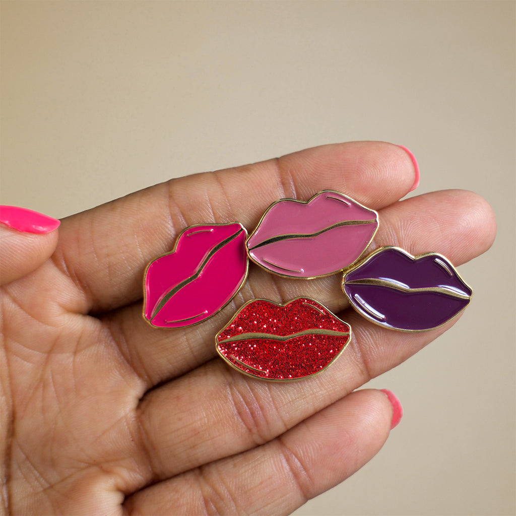 Lips enamel pin-multi