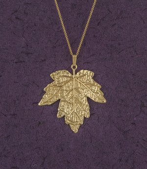 Maple Leaf Pendant 18K Gold