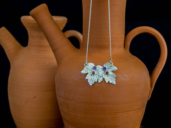Maple Leaves Necklace with Amethyst Stone