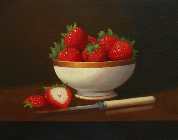 Bowl, berries and knife