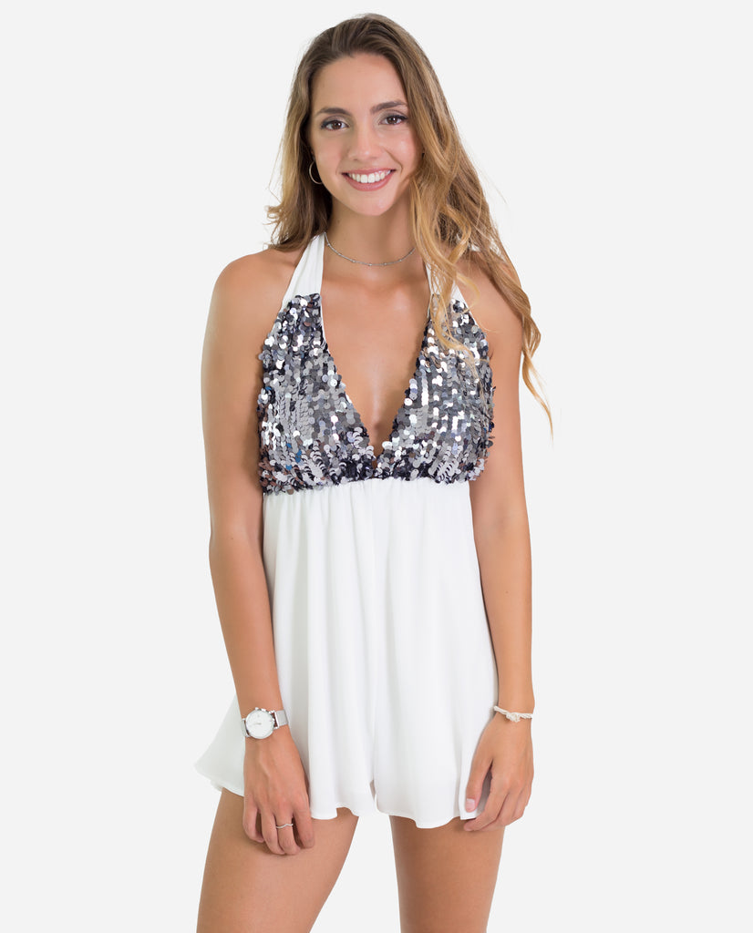 Mono corto halter blanco lentejuelas atado al cuello | THE-ARE