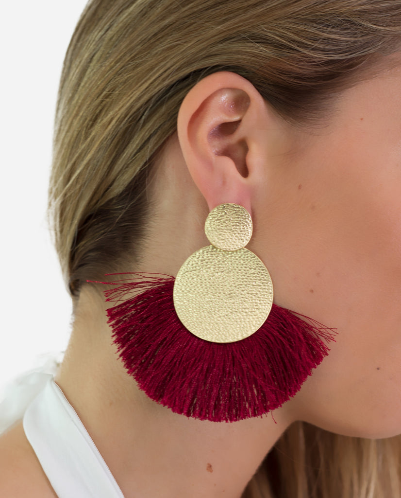 Pendientes flecos grandes aguamarina con broche dorado | THE-ARE