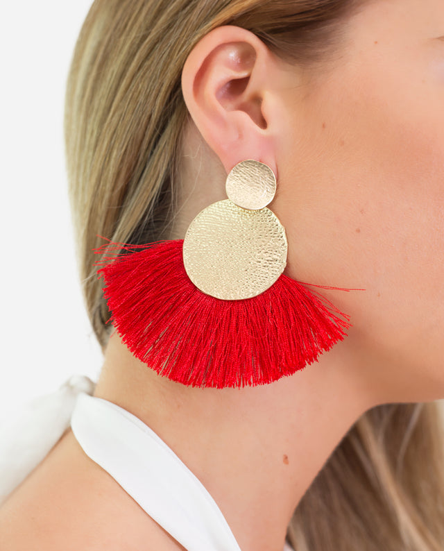 Pendientes flecos grandes rojo con broche dorado | THE-ARE