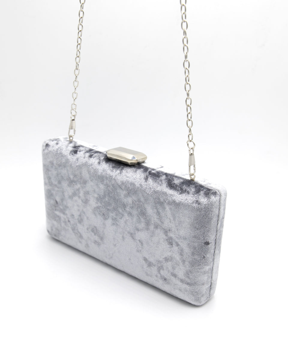 Clutch de terciopelo gris | Bolso de mano para eventos | THE-ARE