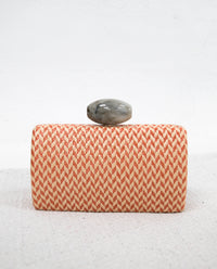 Clutch rafia detalle piedra nácar | Bolso de mano eventos | THE-ARE