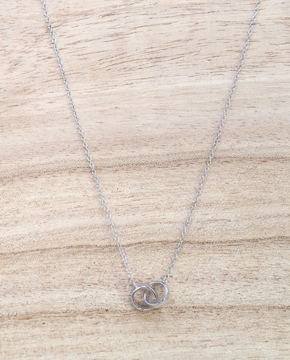 Fine silver necklace with rings | Silver chain for women | THE-ARE