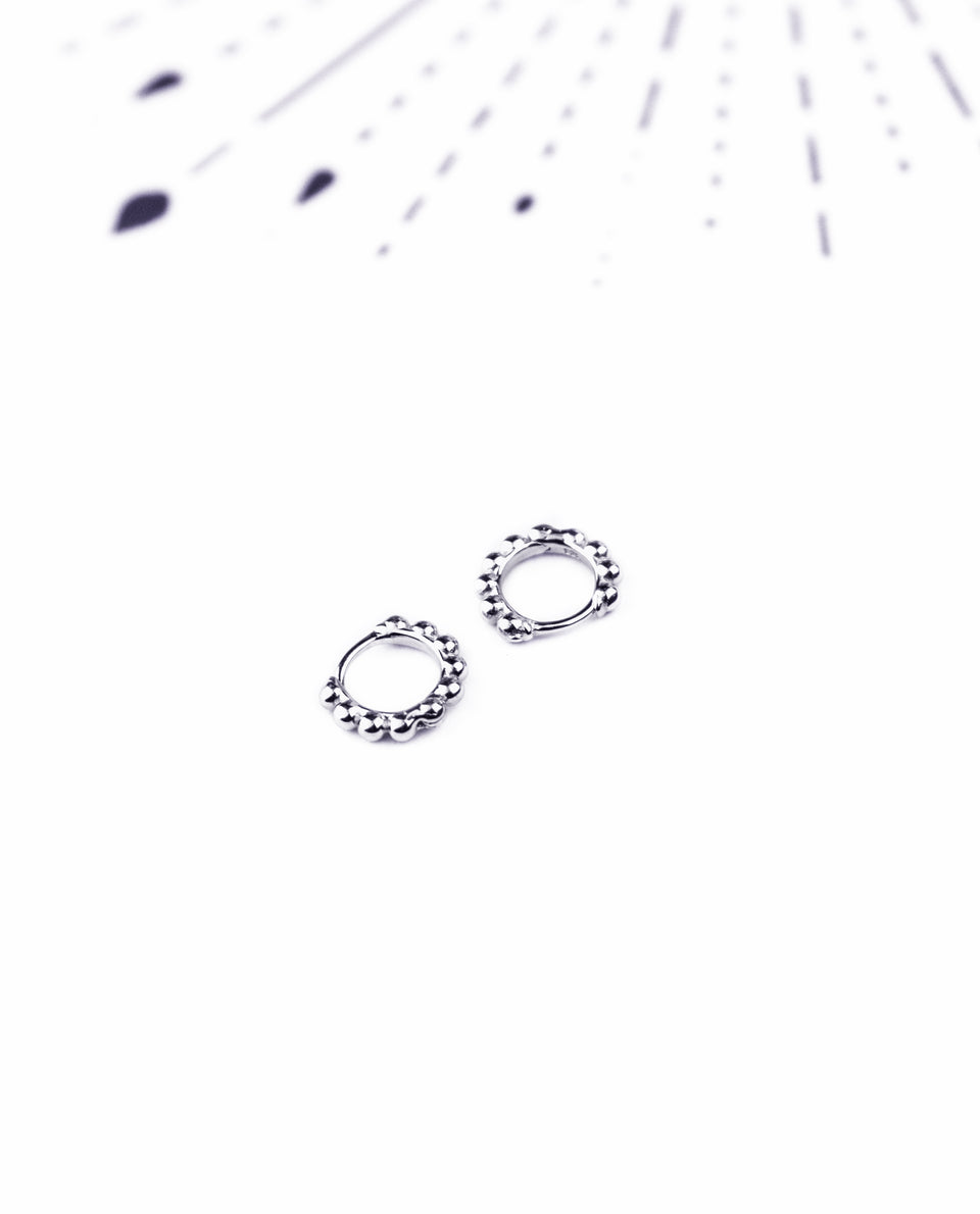 AROS CONSTELLATION | Pendientes aro bolitas plata 925 | Aritos mini mujer | Joyitas THE-ARE