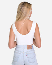 TOP RIO | Croptop ajustado blanco de tirantes con lazada delantera regulable mujer | THE-ARE