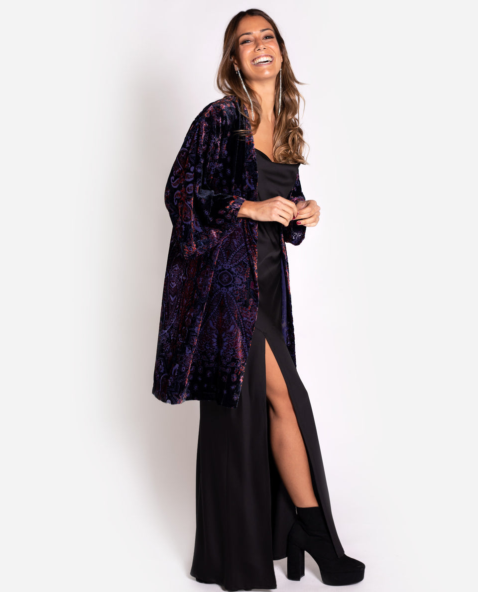 Kimono estampado paisley morado | Chaqueta elegante THE-ARE