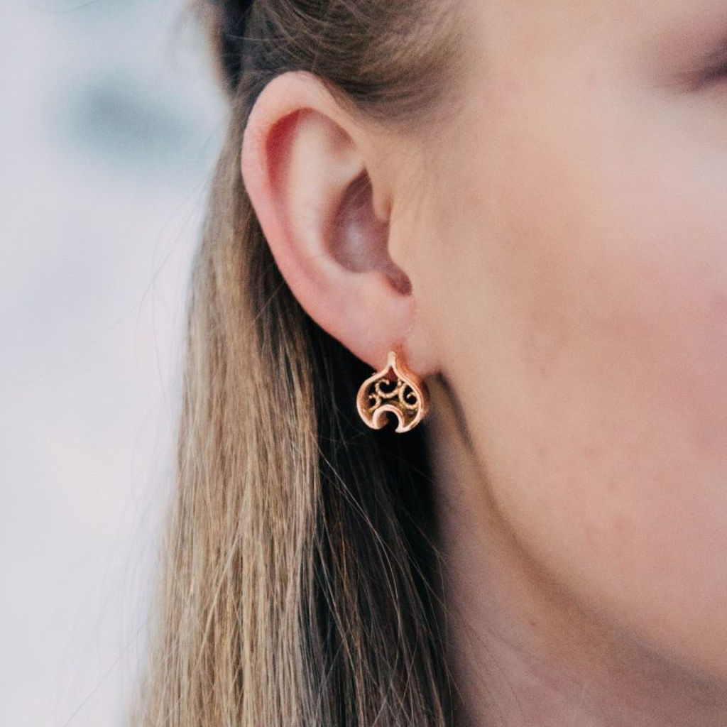 Linn Sigrid Bratland  - Geometric Gold Earrings