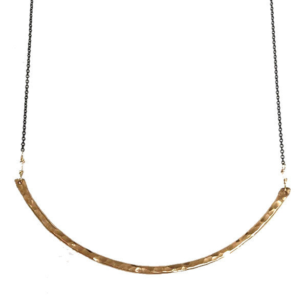 Hammered LA 20K Gold Hammered Curved Bar Necklace