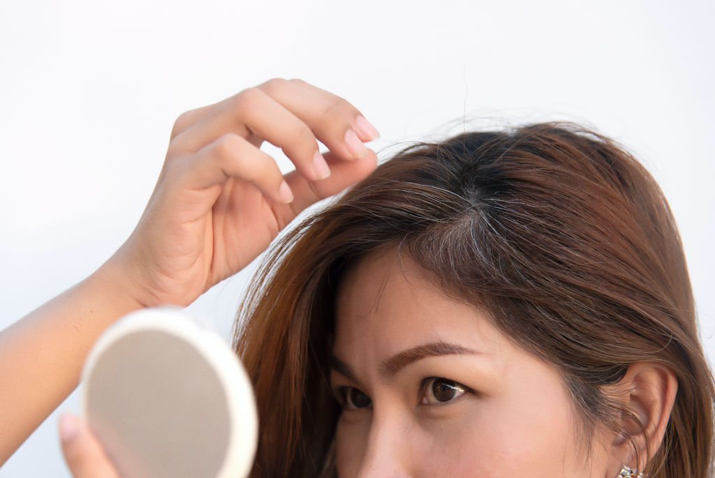 Tips for Covering Up and Concealing Gray Hair In Between Salon Visits