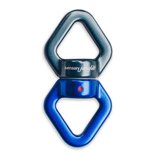 360* Swivel Hook and 2 Locking D Carabiners
