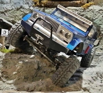 SCX10 Full-Size Power Wagon/Honcho/NuKizer Front Bumper with Trail Bar