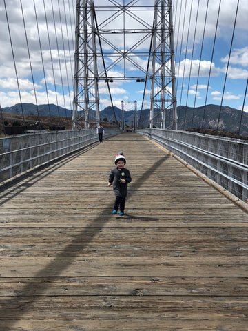 royal gorge bridge travel blogger Colorado chicago Windy City bebe fashion mom blog
