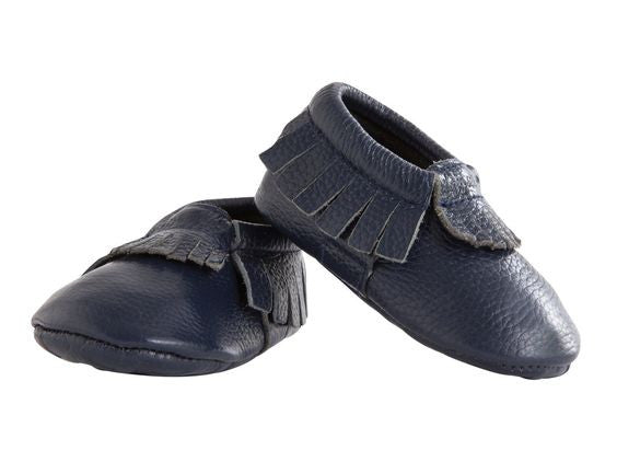 Itzy Ritzy Moccasins Blueberry Leather