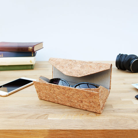 Cork Glasses Case