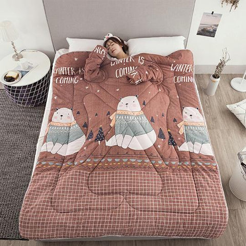 Image of Winter Lazy Quilt With Sleeves - Home & Garden, Furniture / Home Textiles / Bedding Sets