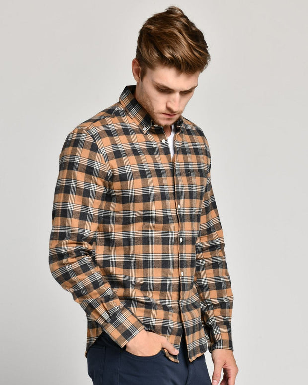 Clifton | Brushed Button Down