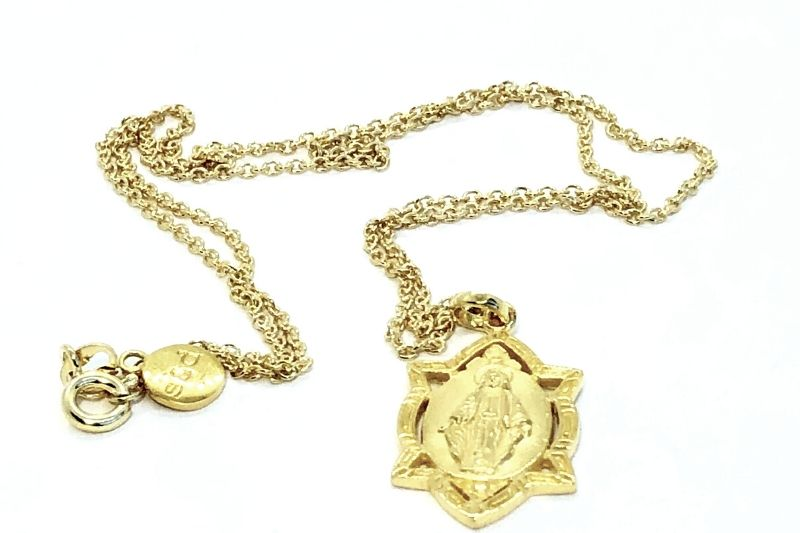 The Mary Pendant - Gold