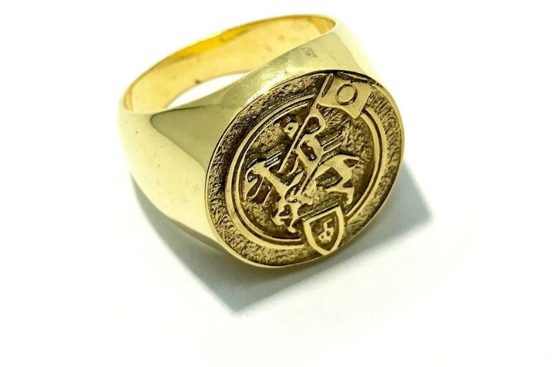 Gold New Beginnings Signet Ring