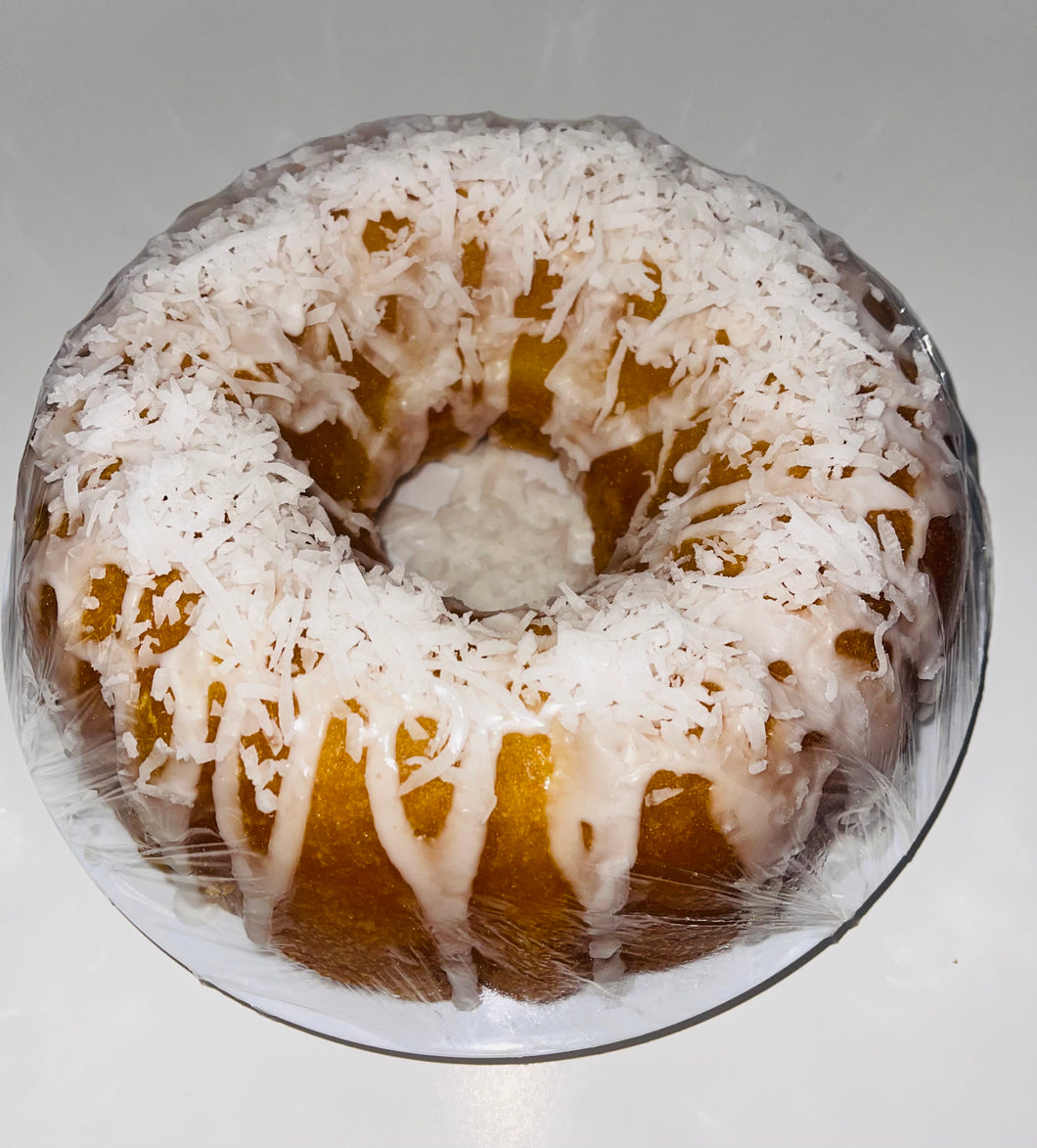 Original Golden Rum Cake