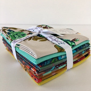 Floral Retrospective Fat Quarter Bundle - Woods