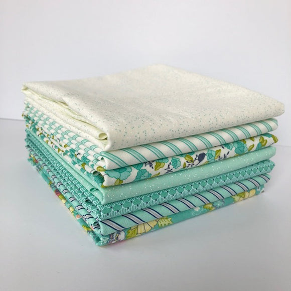 Tuppence, 1/2 Yard Bundle, Mint