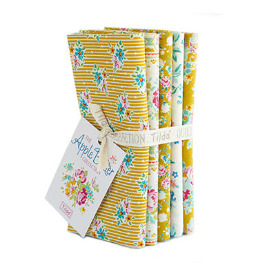 Apple Butter, Yellow/White, Fat Quarter Bundle