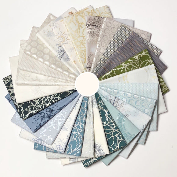 Winter Shimmer, Fat Quarter Bundle
