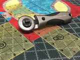 Quilter's Select Deluxe Rotary Cutter
