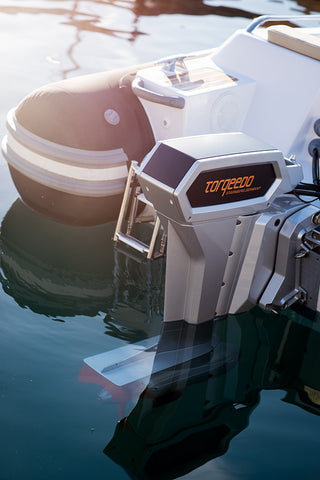 Torqeedo Cruise 10.0 RS (short shaft) Electric Outboard Motor/Remote Throttle - [price] | Trolling Motors Online