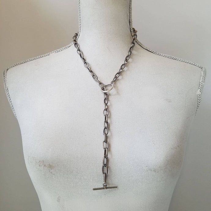 Lariat drop chunky toggle necklace