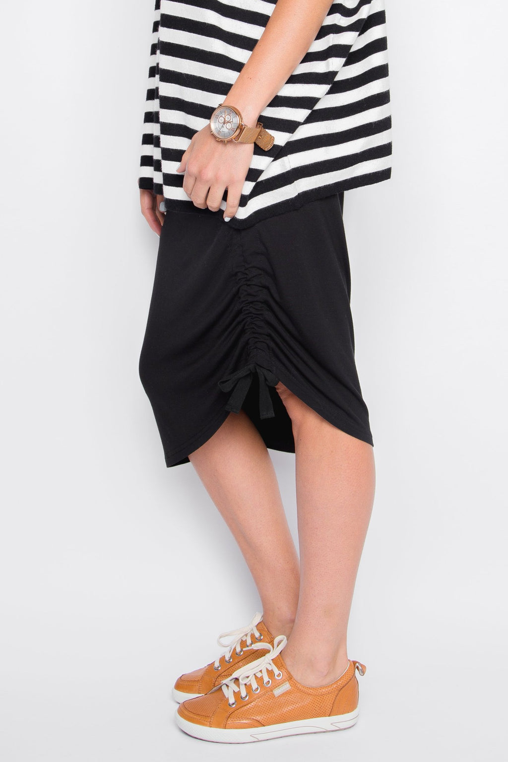 Curve Bamboo Drawstring Skirt in Black