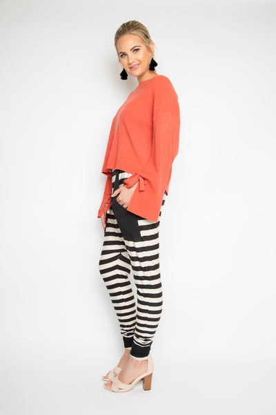 Contrast Pocket Droppy Pant in Gradient Stripe