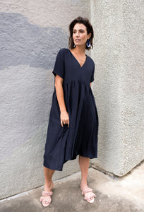 Banhu Dress in Navy