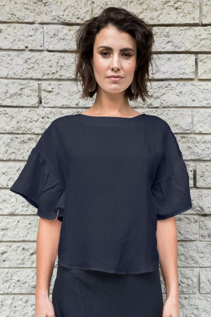 Suona Top in Navy