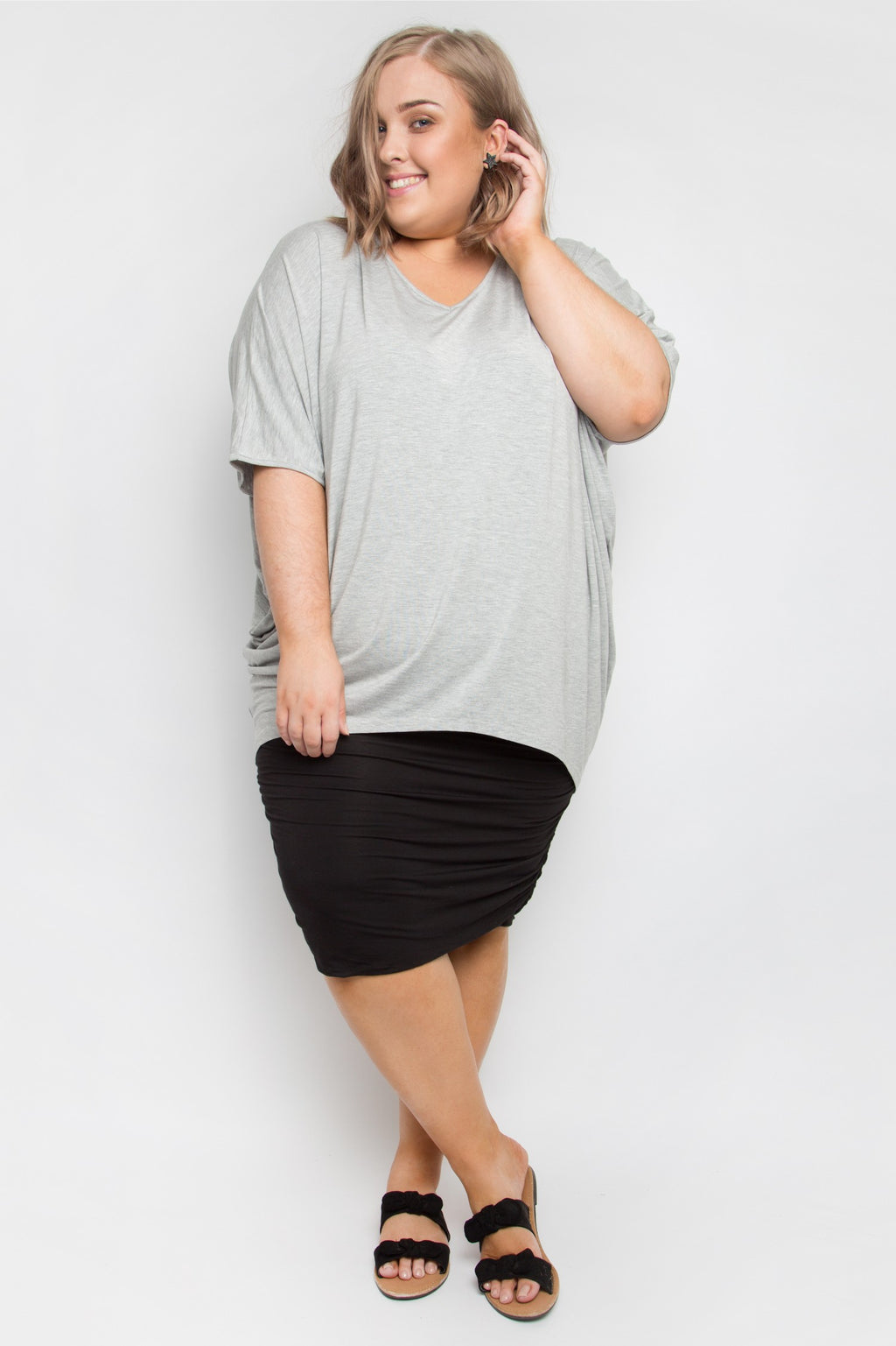 Curve Bamboo Ruche Skirt in Black