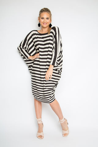 Long Sleeve Miracle Dress in Gradient Stripe