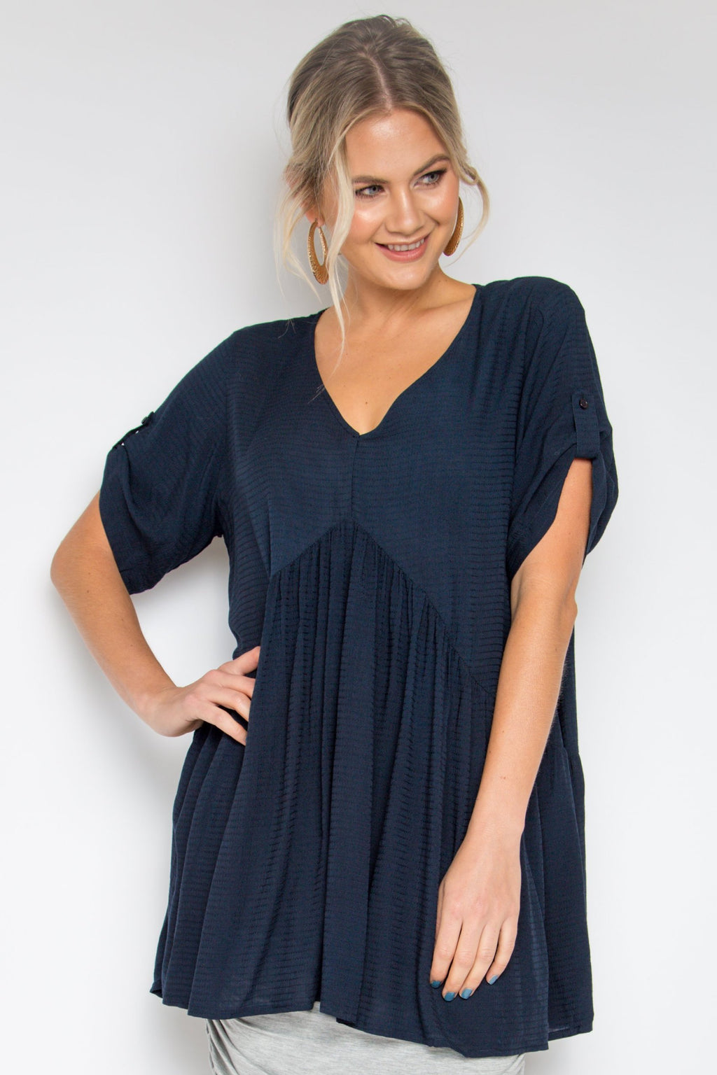 Short Sleeve Peak Top in Deep Navy
