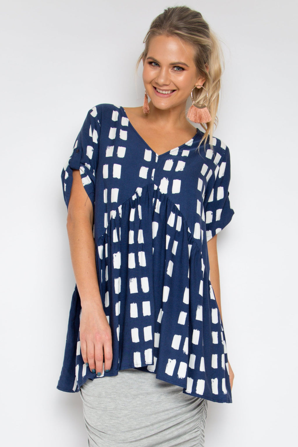 Short Sleeve Peak Top in Navy Splash
