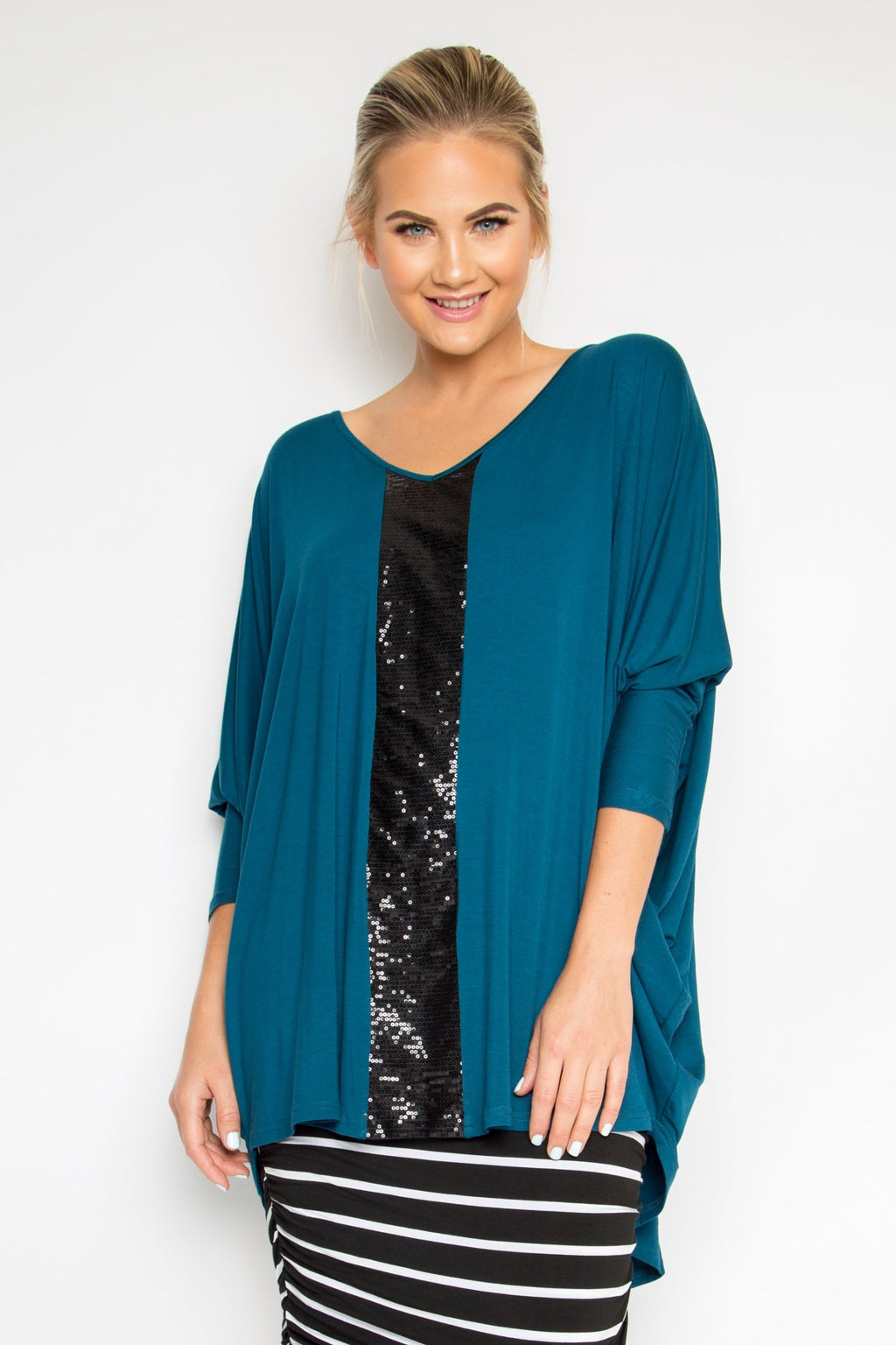 Sequinned Long Sleeve Hi Low Miracle Top in Teal/Black