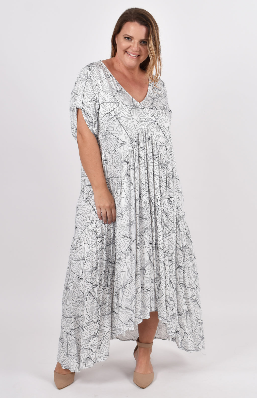Short Sleeve Peak Maxi Dress in Coastal Dream