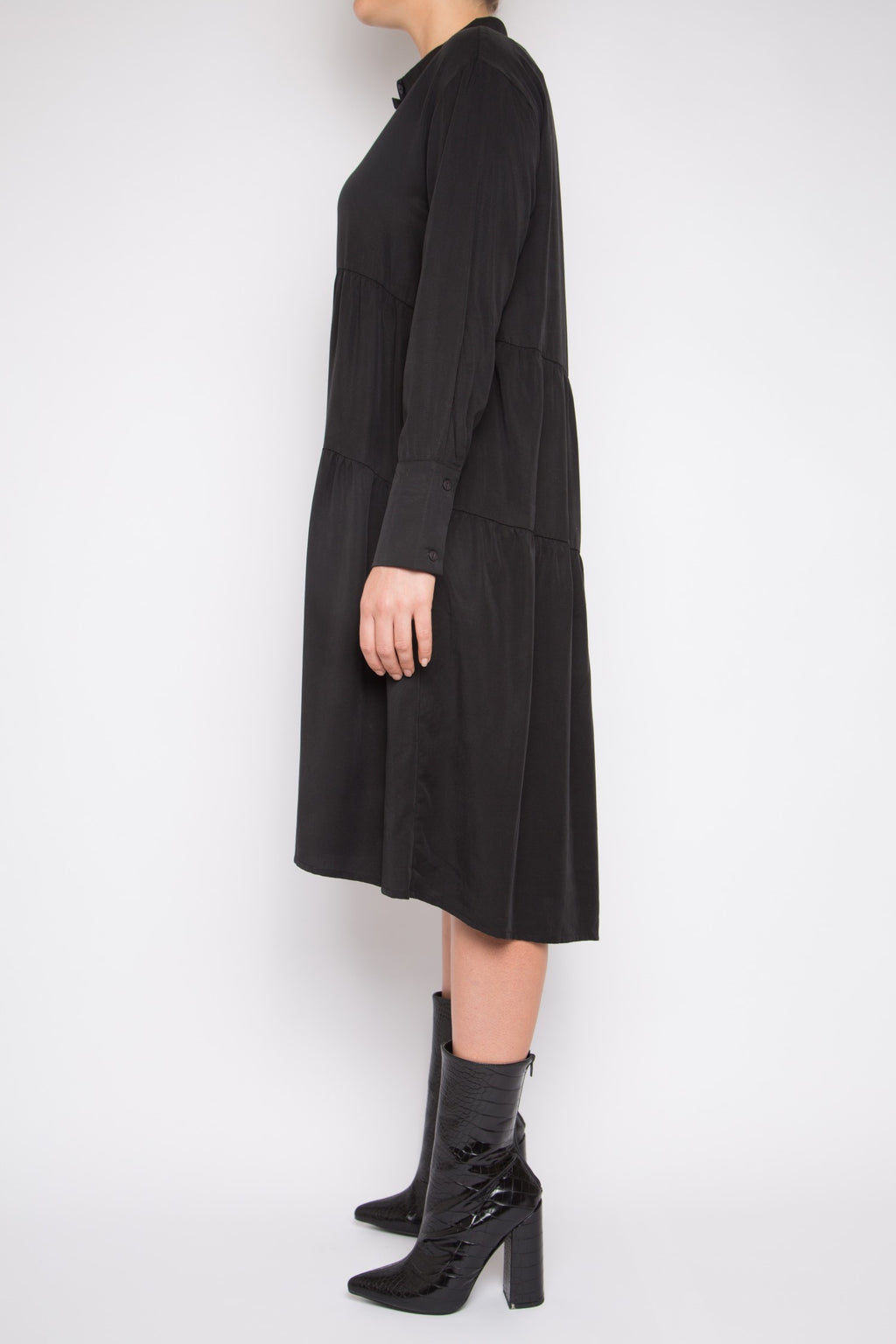 Ruan Dress in Black