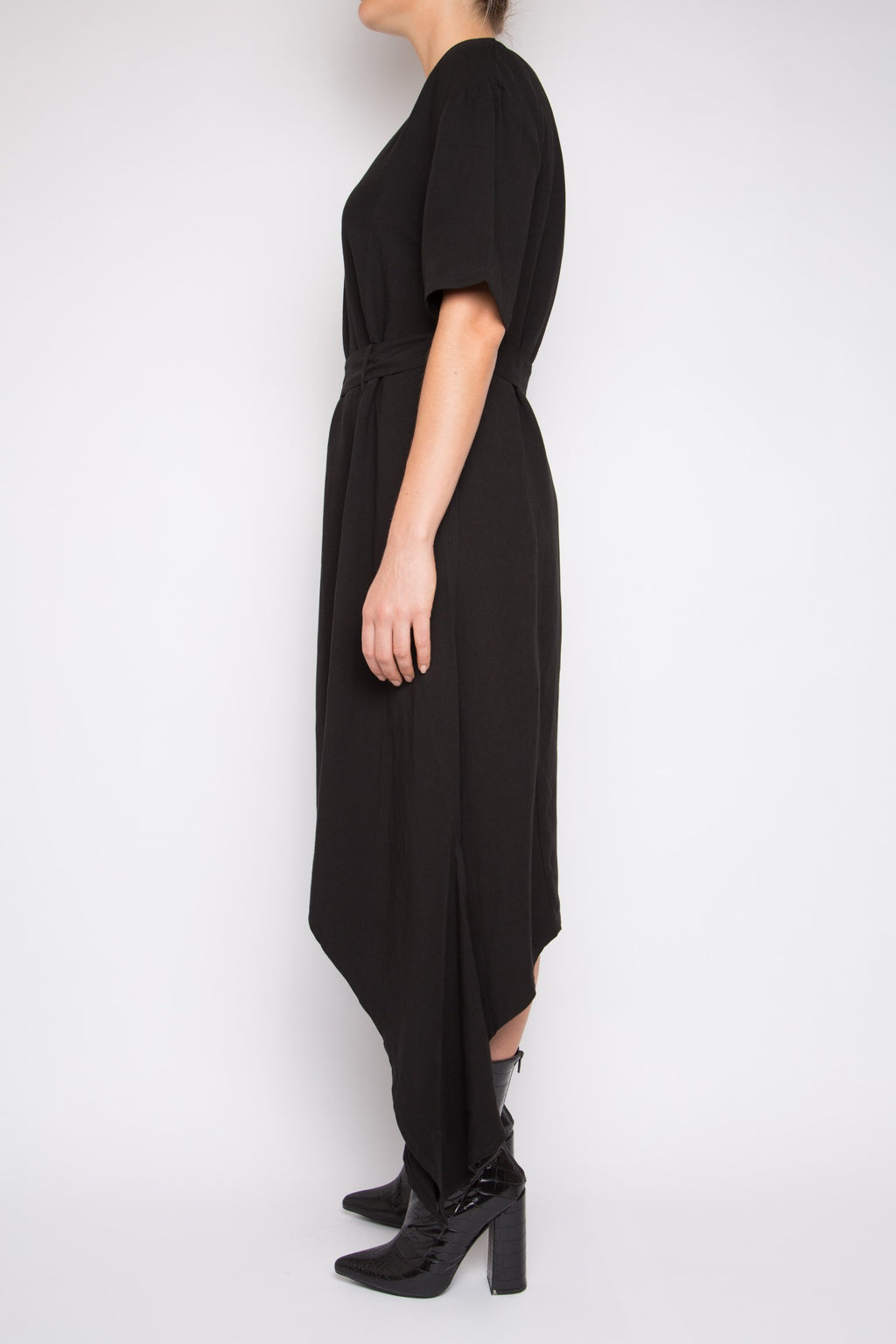 Sanhu Dress in Black