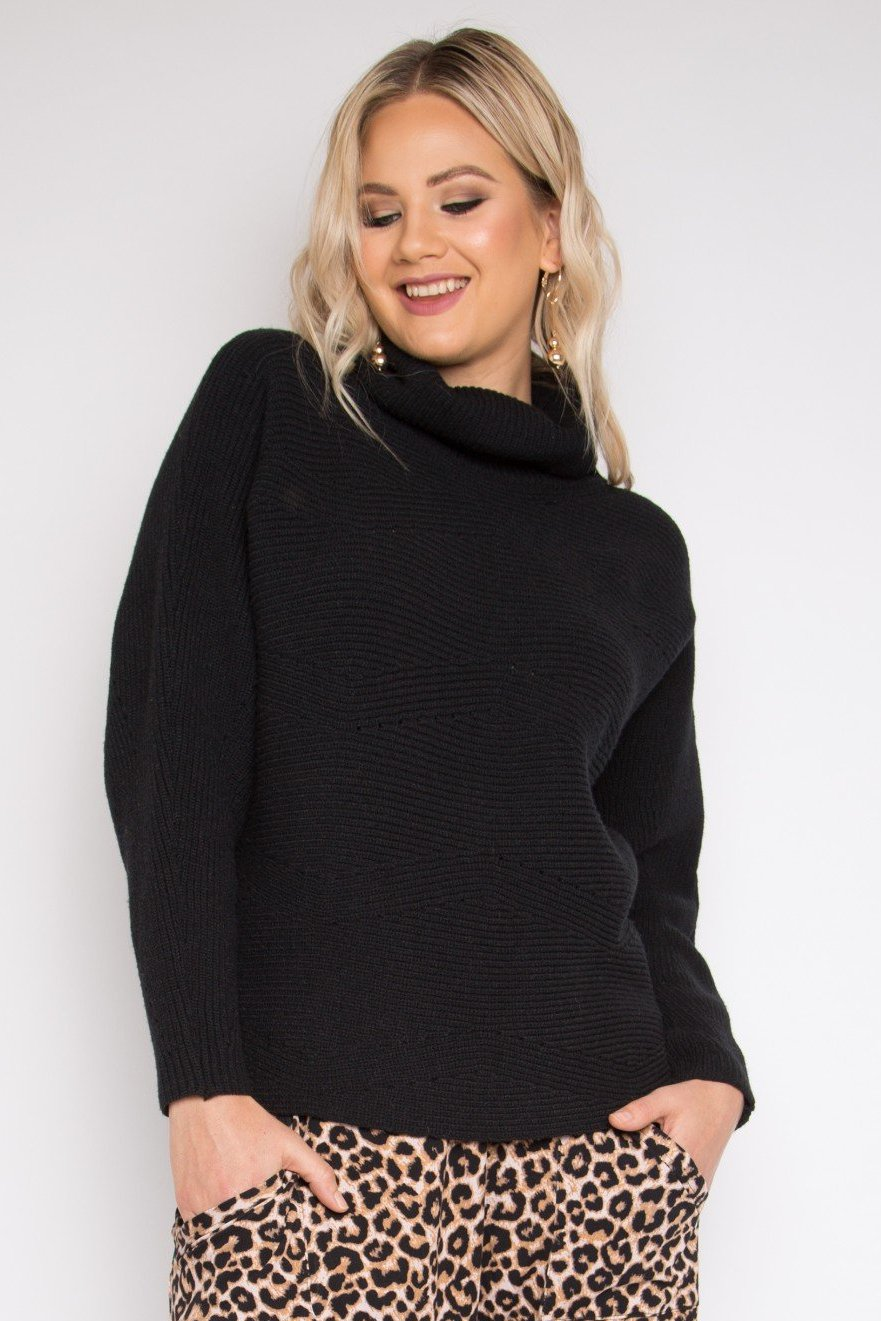 Cosy Knit Top in Black