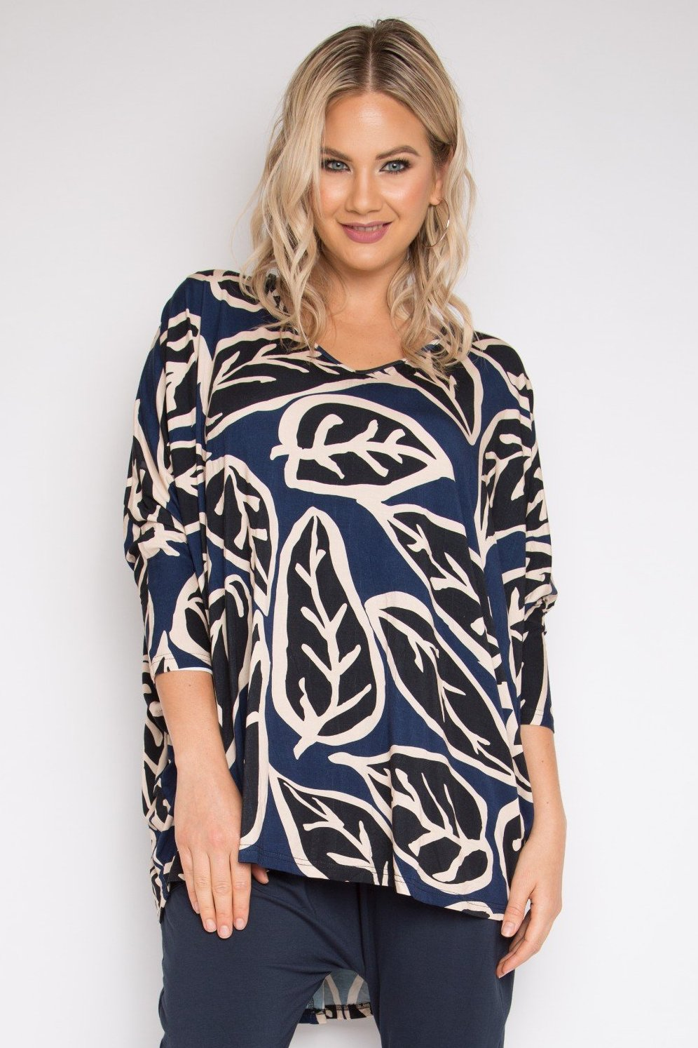 Long Sleeve Hi-Low Miracle Top in Loose Leaf